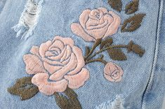 Wonderful Ribbon Embroidery Flowers by Hand Ideas. Enchanting Ribbon Embroidery Flowers by Hand Ideas. Learn Embroidery, Rose Embroidery, Vintage Embroidery, Custom Embroidery, Embroidery Stitches, Embroidery Patterns, Flower Embroidery Designs, Embroidery Supplies, Ribbon Embroidery Tutorial
