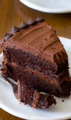 A chocolate LOVERS dream! My favorite homemade chocolate cake recipe. And its the fudgiest!