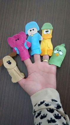 Dedoches Turma do pocoyo....  Pocoyo, Elie, pato, sonequita e Lola  Leve essa turma superdivertida pra brincar com voce!!!! First Birthday Parties, 2nd Birthday, First Birthdays, Eli Pocoyo, Dental Kids, Finger Puppets, Felt Toys, Baby Decor, Diy Toys