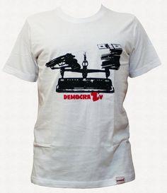 tshirt Democrazy uomo unisex di sweetbtshirt su Etsy, €20.00 #tshirt #tee #shopping #etsy #clothing
