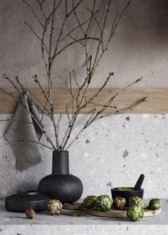 Harnessing the Charm Of Wabi-Sabi In Interior Design Decor, Nature Color Palette, Industrial Chic Interior, Fireplace Design, Wabi Sabi, Exterior Design, Rustic Stone, Concrete Decor, Vases Decor