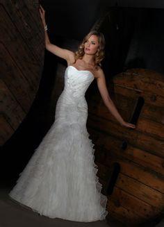 best dress for wedding