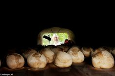 Nieuws: Limburgse bakker bakt in Italiaanse houtoven