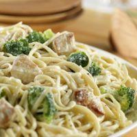 Chicken & Broccoli Alfredo for a Crowd