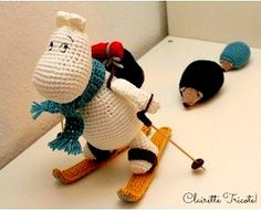 как связать муми-тролля крючком  https://samigurumi.wordpress.com/2011/12/04/amigurumi-moomintroll-free-pattern-woo-yeah-free/
