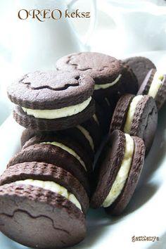 Oreo keksz házilag Bakery Recipes, Cooking Recipes, Winter Food, Vegan, Muesli, Nutella, Hot Chocolate, Sweets, Homemade