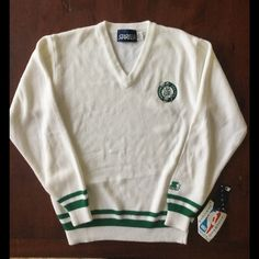 ☘Vintage Boston Celtics Basketball Sweater Official NBA merchandise by Starter. In great condition.NWT. This sweater is great for a true Celtics fan☘☘☘ Vintage Sweaters