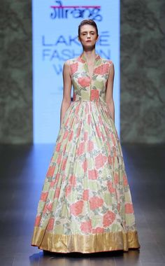 Scarlet Bindi - South Asian Fashion and Travel Blog by Neha Oberoi: Lakme Fashion Week Summer/Resort 2016 Day 2 & 3: Amrich, Gaurang, SVA, Vrisa by Rahul & Shikha, Anushree Reddy, Anita Dongre