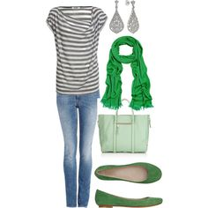 Could do this with my black and white shirt, white blazer. Just need a beautiful emerald scarf and matching shoes.