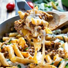 Just added my InLinkz link here: http://www.iwashyoudry.com/2014/04/23/30-days-one-skillet-dinner-recipes/