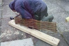 Willow fence edging. Willow Fence, Allotment, Garden Supplies, Backyards, Garden Projects, Cottage, Gardening, Landscape, Wood