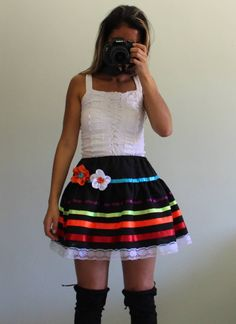 Compre Saia Feminina Nunca Usado no enjoei :p saia festa junina decorada veste do P ao M. Beta Beta, Baby Dress Patterns, Rapunzel, Skater Skirt, Baby Kids, Diy And Crafts, Summer Dresses, Floral, Skirts