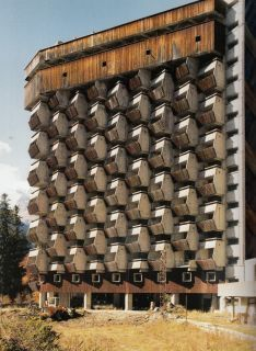 Soviet. More Brutalist than Modernist. Reminds me of the underside of Egg Cartons