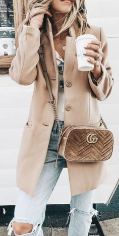 48db444a48 camel coat + levis skinny jeans outfit + gucci gg marmont small velvet  crossbody bag +