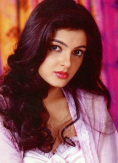 Some lesser known facts about Mamta Kulkarni Does Mamta Kulkarni smoke?: No Does Mamta Kulkarni drink alcohol?: Not Known Mamta started her acting career w Beautiful Bollywood Actress, Most Beautiful Indian Actress, Indian Film Actress, Indian Actresses, Prity Girl, Indian Celebrities, Bollywood Celebrities, Bollywood Stars, Indian Bollywood