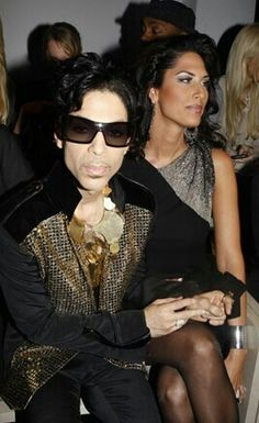 Prince and ? Valente YSL show, Paris Prince Images, Prince Gifs, Star Trek Posters, Best Friends Brother, The Artist Prince, Baby Prince, Roger Nelson, Prince Rogers Nelson, Purple Reign