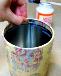 Delight Inspired: Mod Podged Tin Can / Craft Room Part 2 Shabby Chic Lanterns, Tin Can Lanterns, Tin Can Crafts, Crafts To Make And Sell, Diy Crafts, Decoupage Tins, Lantern Craft, Aluminum Cans, Jewelry Candles