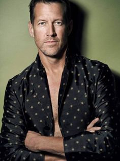 james denton, who played mike delfino in desperate housewives <3