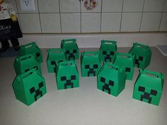12 Minecraft boxes