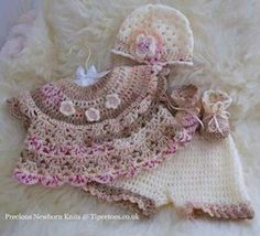 Baby dress with pants, hat and booties Crochet Girls, Crochet For Kids, Knit Crochet, Baby Doll Clothes, Crochet Baby Clothes, Knitting For Kids, Baby Knitting, Baby Bunting, Little Girl Dresses