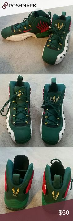 91804f7af203a Nike Sonic Flight sz 10 In signature Seattle Supersonic colors…pre-OKC! Gary  Payton