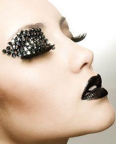Make-up - Black lips - Strass