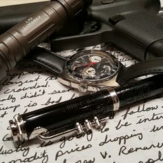 Todays office carry.   Heuer Autavia Viceroy, Glock 43, Miles Davis fountain pen and a Surefire LX2 Lumimax  #watches #watchcommunity #watchporn #horology #watchesofinstagram #wristcandy #wristwatch #wristwatchcheck #wristwatches #watchaddict #watchcommunity #watchgeek #watchgeeks #automaticwatch #menswatch #mechanicalwatch  #thepewpewlife #guns #weapon  #weapons  #weaponsdaily  #weaponsfanatics #fountainpen @colionnoir I'm #steelwaiting