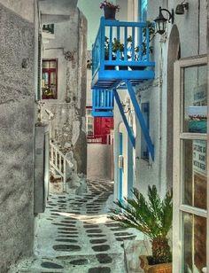 Hora alley, Mykonos Island / by Mark Luftig via 500px