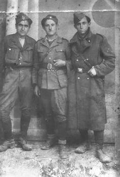 Ντουμανάς Τσεκούρας Μανθάς - ΕΑΜ  «Τα Μεγάλα Καλύβια Τρικάλων στην Κατοχή και την Αντίσταση (1941 – 44)» | www.fatsimare.gr Armed Forces, World War Ii, Troops, Ww2, Presidents, Greece, Memories, History, Culture