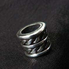 Silver beard bead from The Sunken City by DaWanda.com