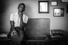Just a few months after he quit his job washing dishes in Texas, Leon Bridges was on stage in front of a sold-out crowd at the Mercury Lounge, a venue that frequently showcases some of the most talked-about buzz acts in the country, in New York City. At the time of the concert, he had released two songs.