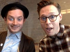 Elijah Wood GIF omg this is the cutest thing ever!!!!