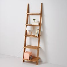 DOMENO Solid Oak Wall-Mounted Ladder Shelf Unit La Redoute Interieurs A bang-on-trend, space-saving storage solution that will refresh your space. Designed with 5 shelves and created from solid oak, this shelving unit is. Ladder Shelving Unit, Ladder Bookcase, Oak Shelves, Wall Mounted Shelves, Home Furnishing Accessories, Home Furnishings, Wooden Ladder, Ladder Decor, Etagere Design