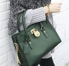 Great Michael Kors bags you have there. Anyway* Id like to share the most fashionable collections in this Michael Kors Outlet! Michael Kors Hamilton, Cheap Michael Kors, Michael Kors Outlet, Mk Handbags, Handbags Michael Kors, Michael Kors Bag, Fashion Handbags, Handbag Stores, Mk Bags