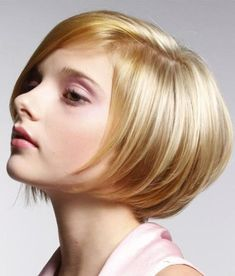 Pretty Short Straight Hairstyles for Women-2