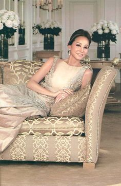 Isabel Preysler 56 Year Old Beauty. Enrique Iglesia's Mother. She is a filipina too.