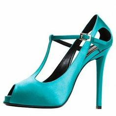 http://4.bp.blogspot.com/-QbqwtWB2kgw/UNHU07TFbtI/AAAAAAAAEhw/Q22TvJ4LmII/s1600/Roger-Vivier-Shoes-Collection2.jpg