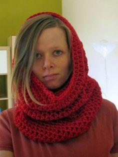 Pokud holdujete občasnému háčkování a znáte alespoň základy. Připravila jsem pro vás návod na jednoduchý hřejivý nákrčník na zimu. S... Knit Crochet, Crochet Hats, Cowl, Diy And Crafts, Knitting, Pattern, Handmade, Crocheting, Decor