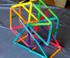 How to Make a Ferris Wheel Out of Popsicle Sticks!