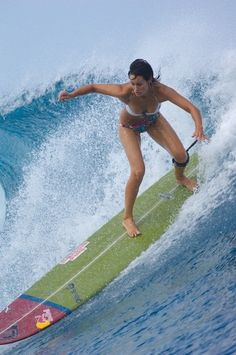 Kassia Meador... What amazes me is that she's on that on a longboard! Love it:)