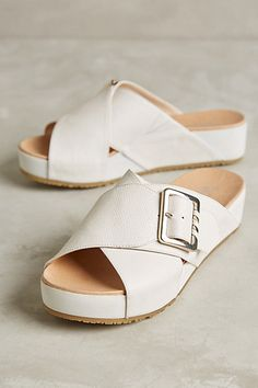 An alternative to what everyone else will be wearing this summer-#anthropologie