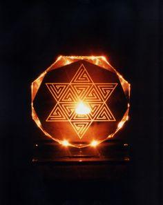 Robert Wertz Design - Visionary Solutions for Present Day Problems Merkaba Meditation, Yoga Meditation, Chakras, Present Day, Sacred Geometry, Table Lamp, Image, Mystery, Design