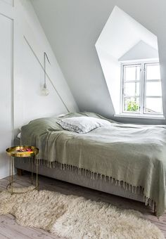 my scandinavian home: A dream Danish house by the sea Scandi Bedroom, Bedroom Decor, Danish House, Pastel Room, Gravity Home, House By The Sea, Blue Rooms, Scandinavian Home, Bed Sizes