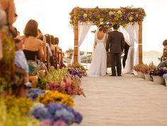 Lindo casamento na praia de Búzios!