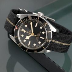 Tudor Black Bay Fifty-Eight Tudor Black Bay, Tudor Heritage Black Bay, Modern Watches, Luxury Watches For Men, Vintage Watches, Dream Watches, Cool Watches, Rolex Watches, Wrist Watches