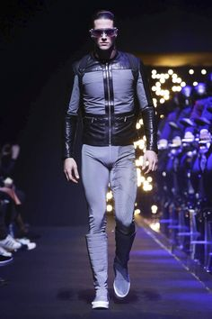 Dirk Bikkembergs Menswear Fall Winter 2016 Milan