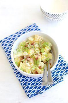 Aardappelsalade met spek en bosui Onion Soup Recipes, Salad Recipes, Healthy Salads, Healthy Recipes, Healthy Food, Dressing, I Love Food, Pasta Salad, Potato Salad