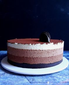 Mousse torta: csoki hátán csoki - Mom With Five Oreo Mousse, Eat Pray Love, No Bake Cake, Smoothie Recipes, Vanilla Cake, Cake Recipes, Bakery, Cheesecake, Goodies