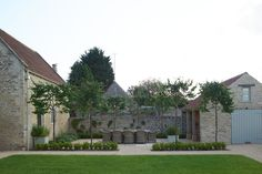 Modern Country Cotswold House And Garden Tour: The White Hart by Sims Hilditch