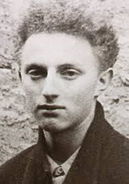 Thomas Elek (7/12/1924, Budapest – 21/2/1944, Mont Valérien, Paris) was one of the members of the French resistance executed at the fort of Mont Valérien as a member of the Manouchian Group, a volunteer of the French liberation army FTP-MOI.  His family moved to France in 1930. In 1943 Elek was arrested with others of the Manouchian Group & tortured by the Brigades Spéciales. He was handed over to the Germans & detained in Fresnes Prison. He was later shot on 21 Feb 1944, at Mont Valérien.